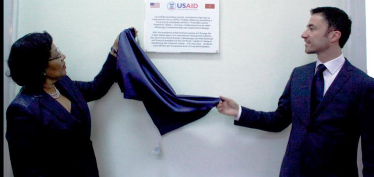 U.S. Ambassador to Montenegro officially inaugurated the opening of the Customer Center