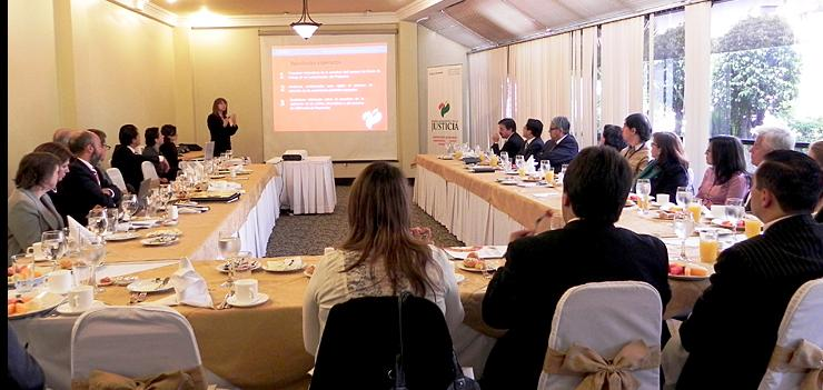 Patricia Esquetini, SEJP Director, presented the results of the initial assessment to judicial authorities