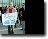 Residents of the Kazbegi region protest the construction of the Dariali HPP at the Ministry of Energy in Tbilisi.